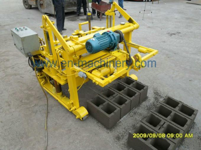 Cement Block Plant Machines : Moving block making machine manual concrete moulding