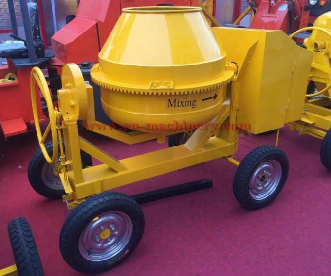 High capacity 350L diesel engine powered concrete mixer 4 whees beton cement mixer