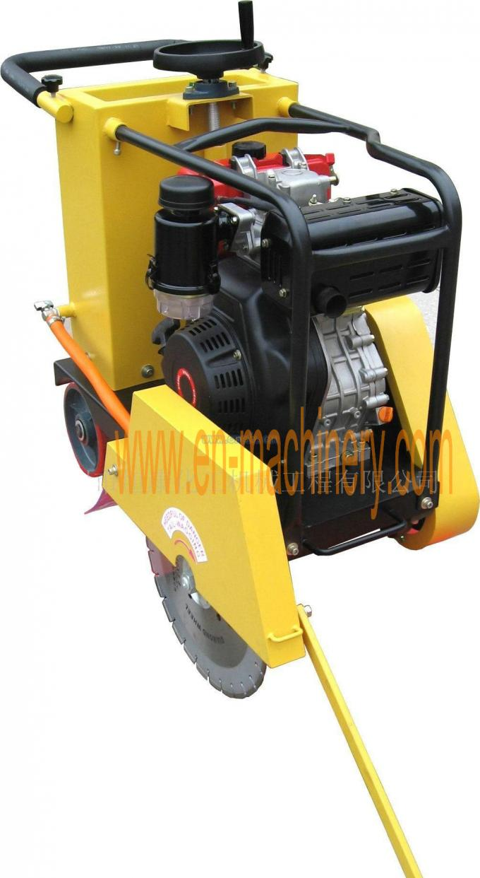 Construction Tools Concrete Road Cutter, Asphalt Cutting Machine