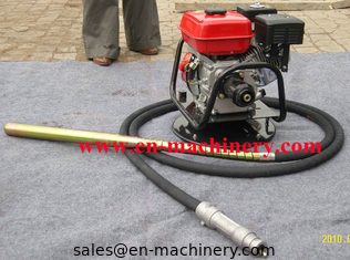China Squirrel gasoline power road concrete vibrator HONDA GX160 with vibrator shaft supplier