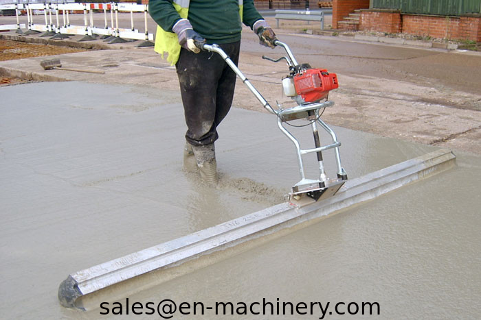 Walk Behind Concrete Surface Finishing Screed Construction