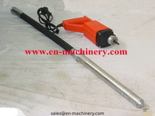 China Electric Mini Hand Type External Concrete Vibrator / Vibrating Screed distributor